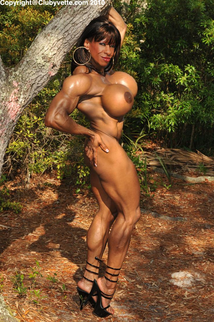 most muscular woman nude