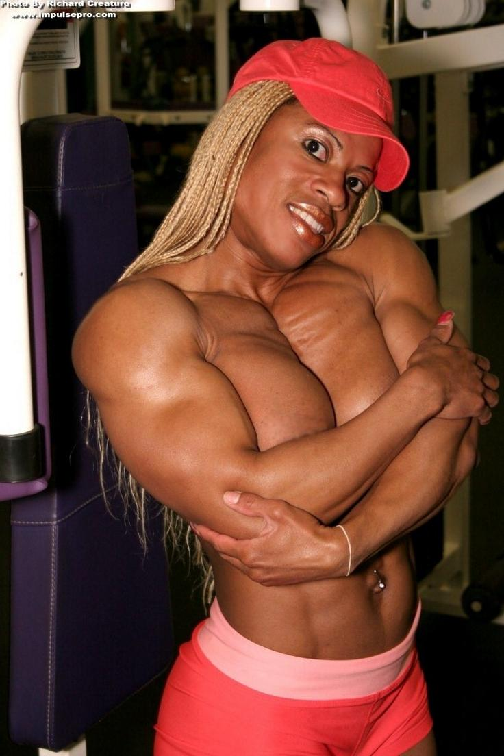 bodybuilder nude female ebony
