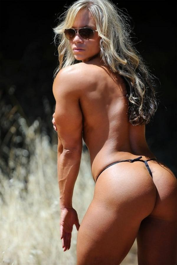 muscle girl dominate