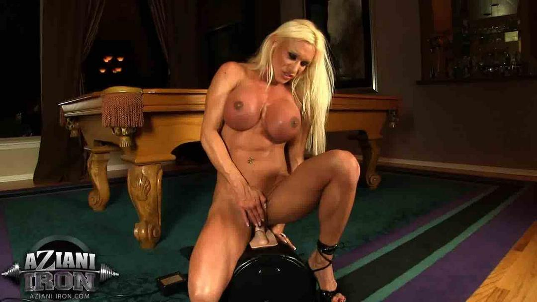 Bodybuilder on sybian with proof 100 real orgasms 6