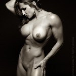hot-nude-female-muscle8