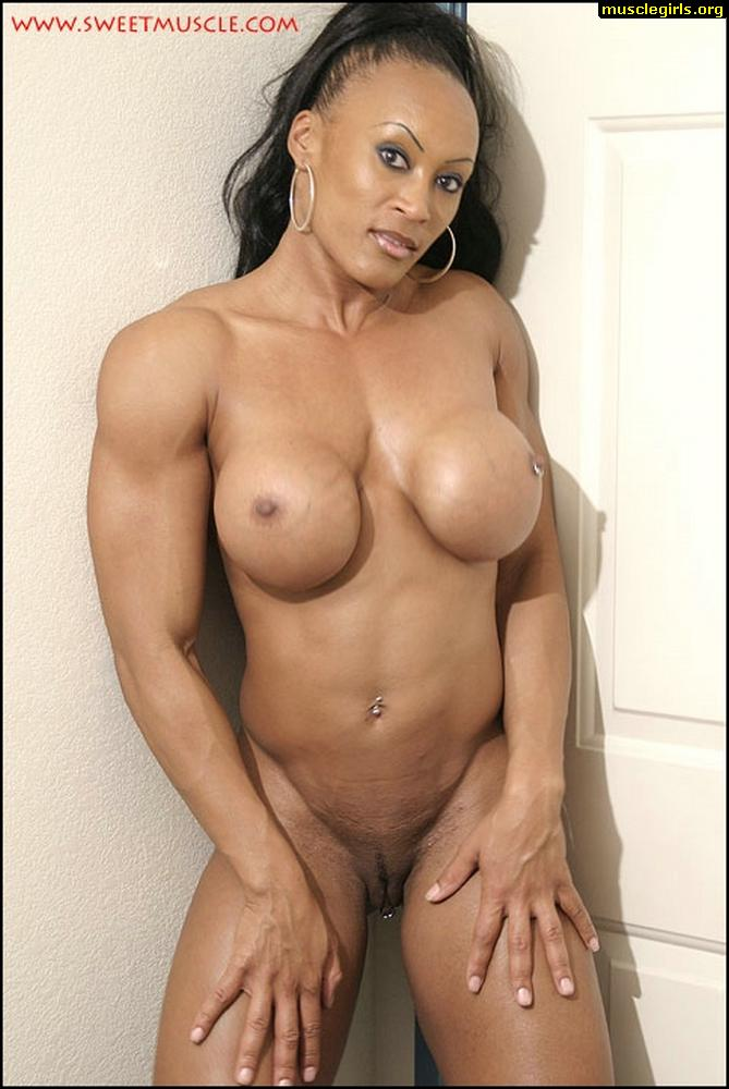 women muscle nude