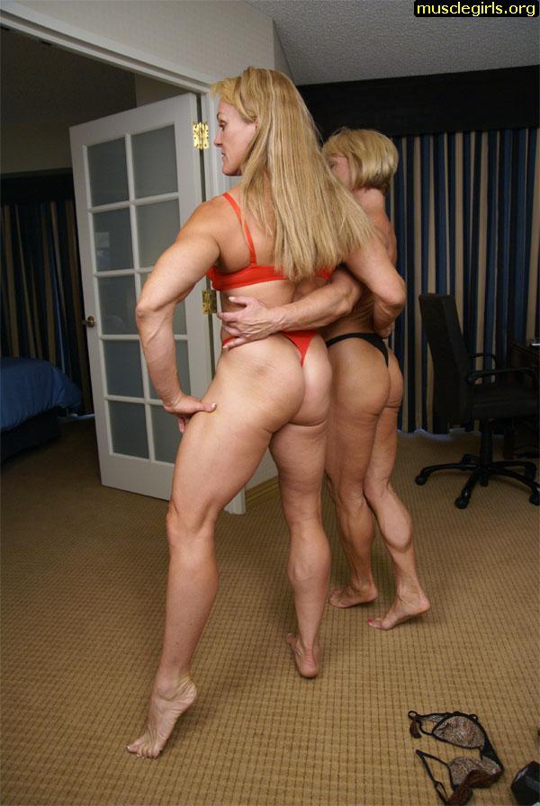 bodybuilder_lesbians_nude12