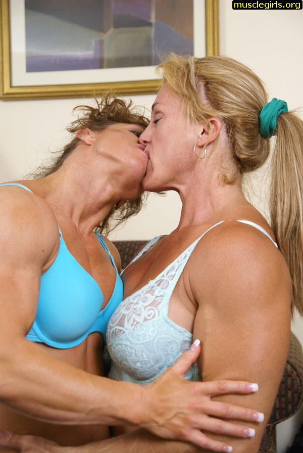 Kissing female bodybuilders!