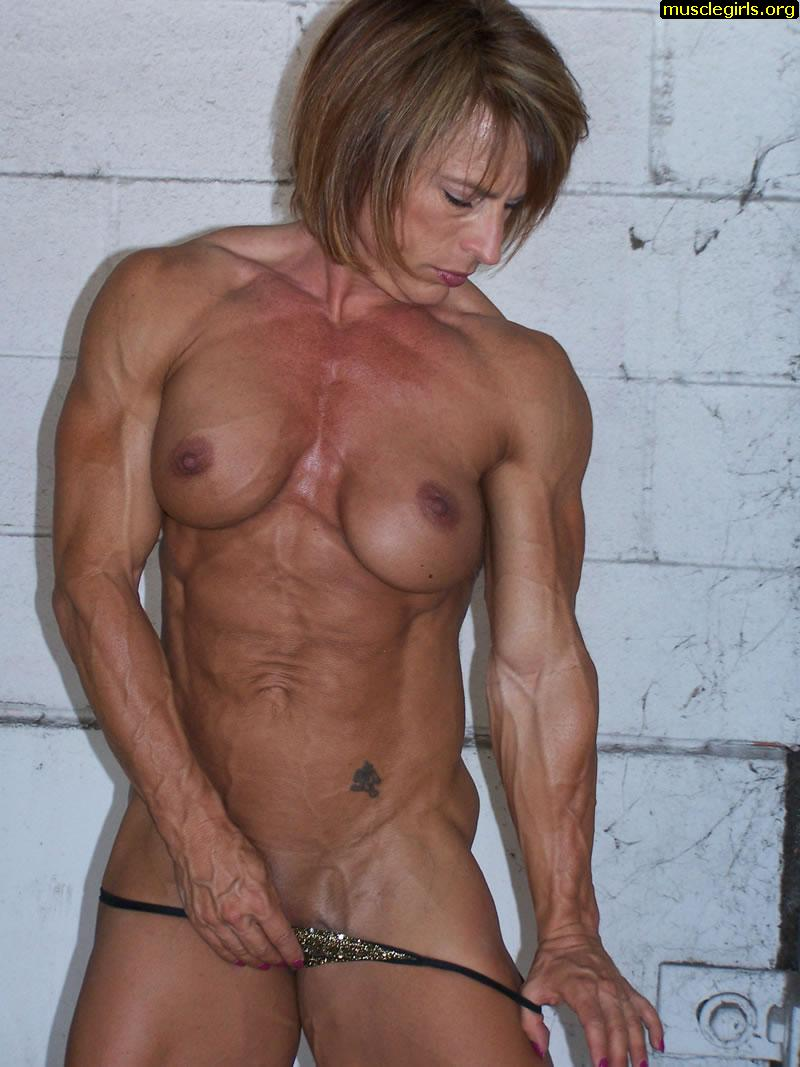 FREE Nude Muscle Women - female bodybiulder porn