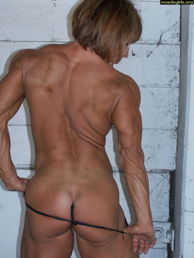 nude female bodybuilder pussy