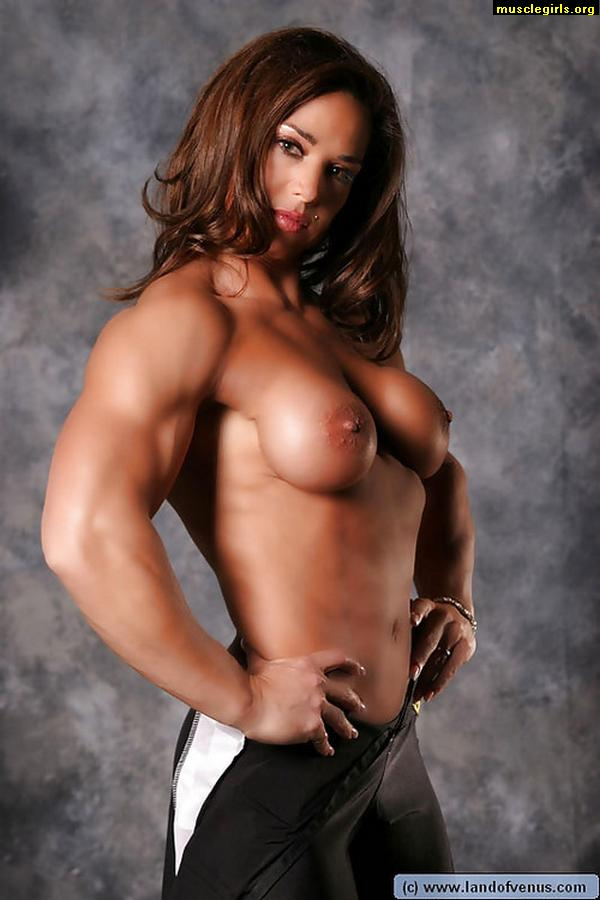 Sexy female bodybuilding mude join. was