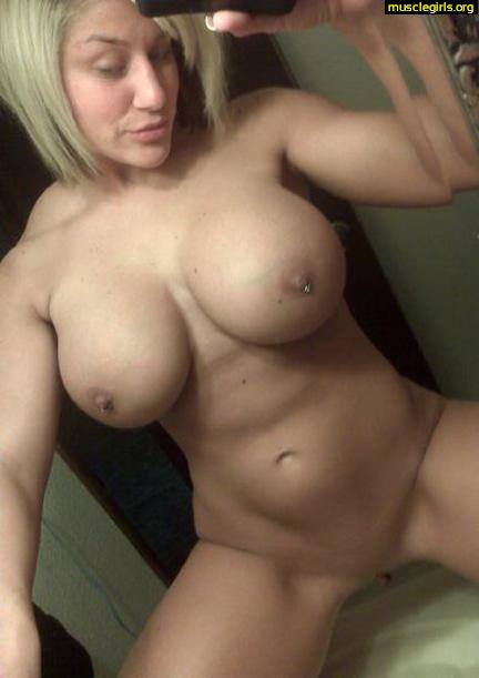Black hot muscular chick nude self shot davis naked fucking