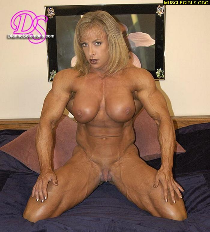 Duly answer Sexy female bodybuilding mude