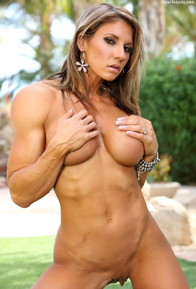 pretty nude muscle babes