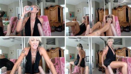MrsRobinsonxxx webcam
