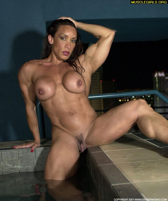 naked amazon muscle woman