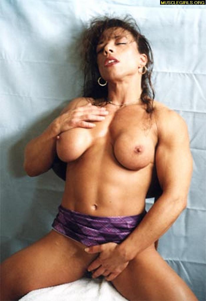 Lesbian muscle girls